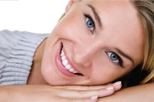 Răng sứ không kim loại là gì và răng sứ có tốt không?1