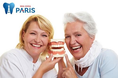 trồng răng sứ nguyên hàm