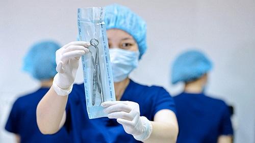 biến chứng sau cấy implant