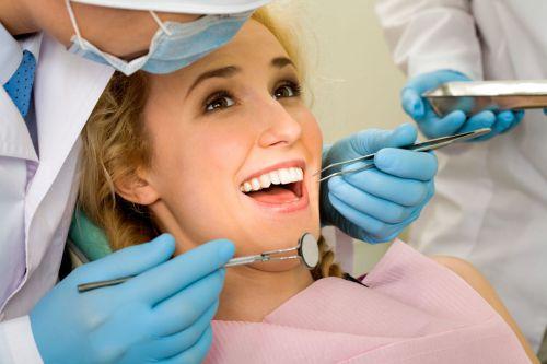 Chi phí trồng răng giả giá bao nhiêu tiền? [Bảng giá Mới nhất 2018] 7